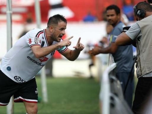 Com gol de Pipico, Santa Cruz derrota Vitória das Tabocas