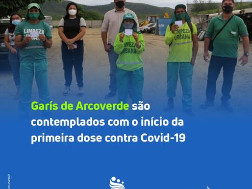 Arcoverde inicia vacinação contra Covid-19 para garis, pessoas em situação de rua e agentes penitenc