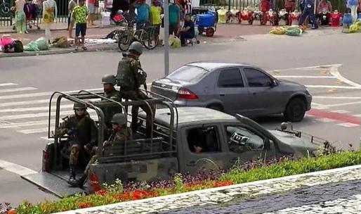 Em meio a motim, governo federal define hoje prazo para reforço militar no Ceará