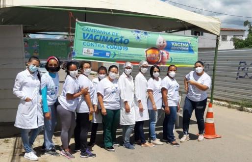 Saúde de Arcoverde realiza o 'PNI nos Bairros' para vacinar idosos acima dos 65 anos contra Covid-19
