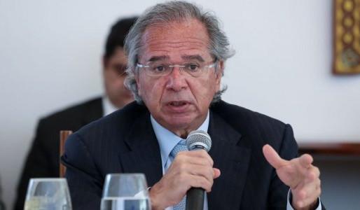 Auxílio emergencial ainda não foi ''disparado'' porque a PEC precisa ser aprovada, diz Paulo Guedes