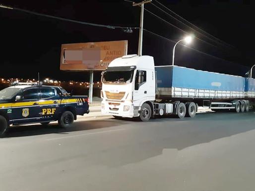 Caminhão é flagrado com 39 toneladas de excesso de peso em Petrolina