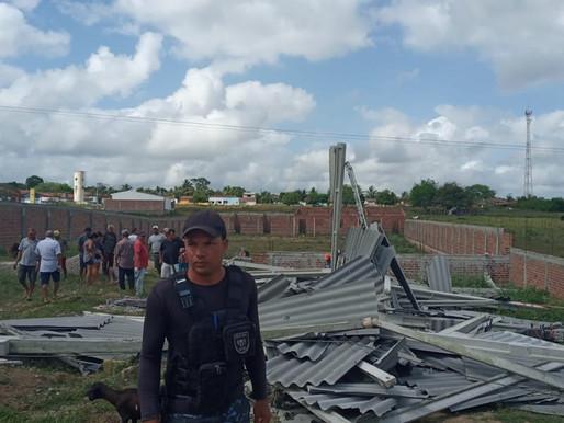 Galpão desaba e deixa 3 homens feridos em distrito de Bonito