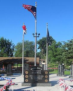 Veterans-Memorial-Hoyt-Elliot.jpg