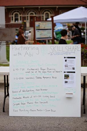 skill share sign.JPG