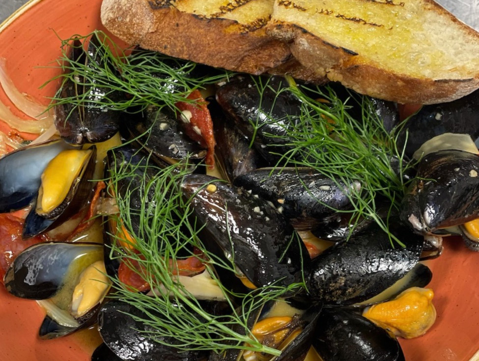 mussels _edited.jpg