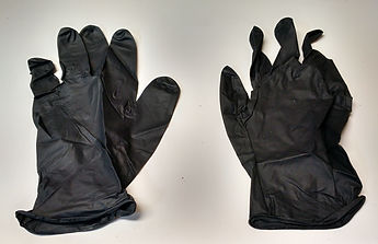 Two disposable painting gloves