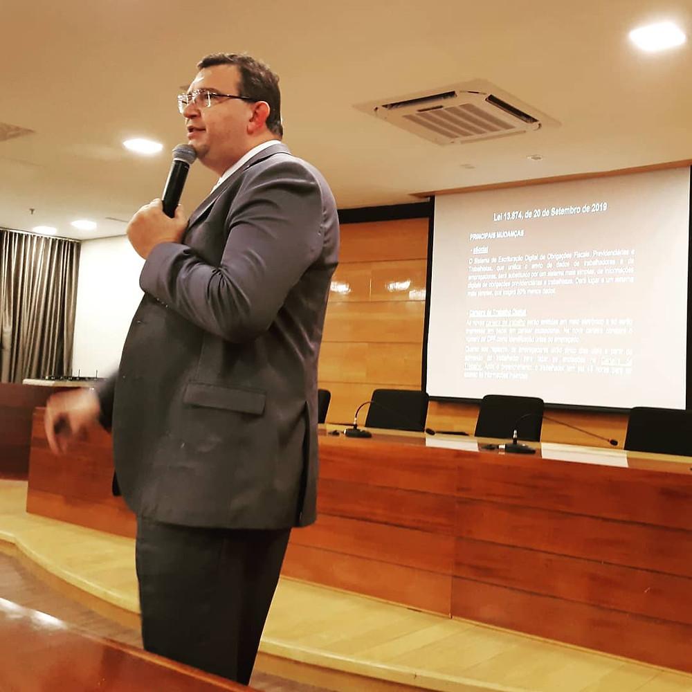 Dr. Marcos Vianna - Advogado Emmpresarial