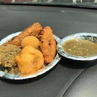 Khandani Pakode Wala - Perfect place for a quick bite @Sarojini Nagar