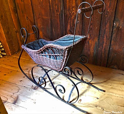 WHS-Museum-Barn-Baby-Carriage-Sled_Susan
