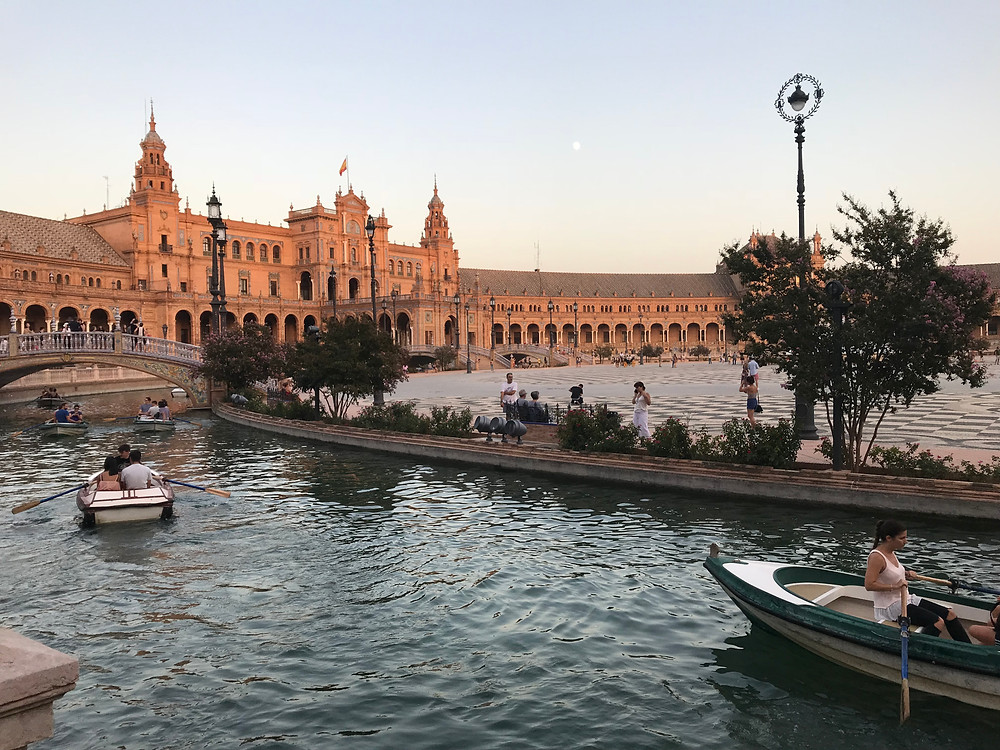 Caitlin's photos of some of the sights of Seville