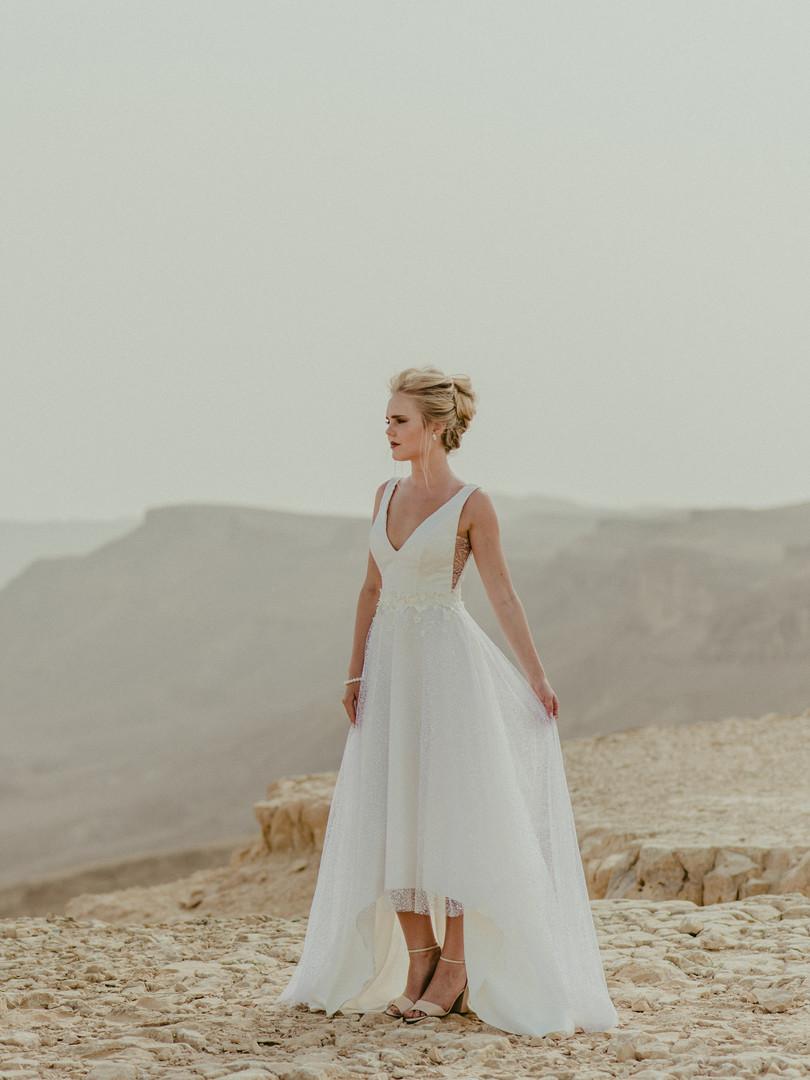 יערה מן מעצבת שמלות כלה