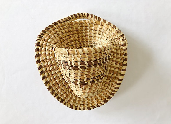 Woven Wall Basket w/Pocket