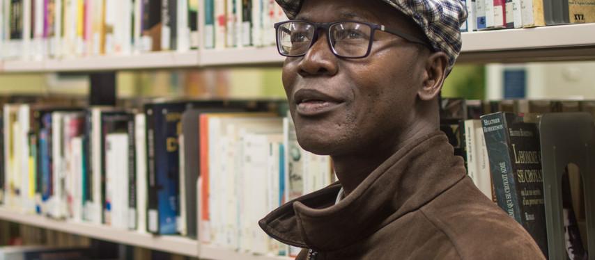 Entrevue: nouveau recueil pour Isidore Guy Makaya