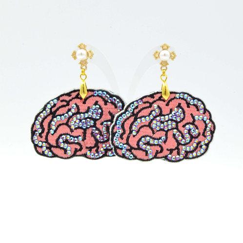 刺繡大腦袋耳環 綴施華洛水晶 超輕巧