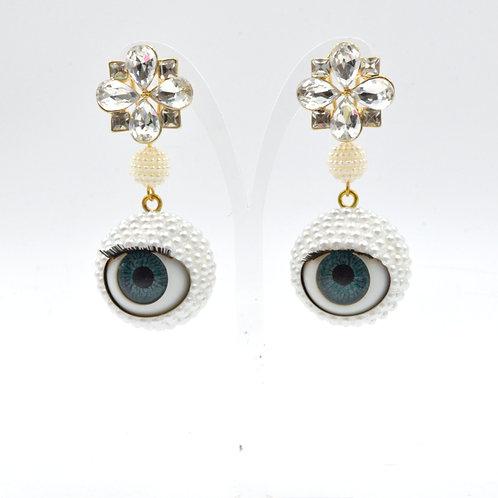 白色樹脂珍珠眼球眼珠耳環 24mm直徑 眨眼睡眼Swarovski 時裝藝術