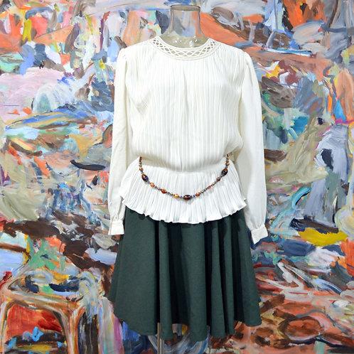 奶白色百摺束腰手工扭繩花細節裝飾寬鬆長袖襯衫 高貴優雅 日本中古古著