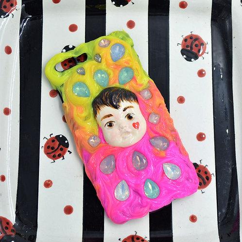 iPhone 8s Plus手工娃娃頭電話殼