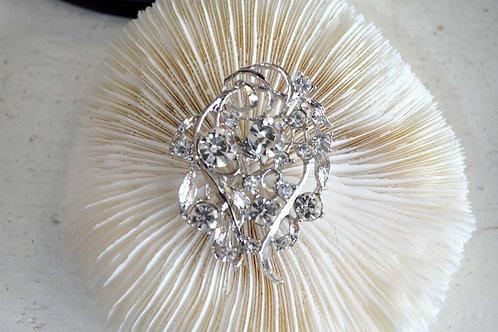 銀色鑲水鑽貴婦胸針 高貴優雅 日本高級二手中古珠寶首飾