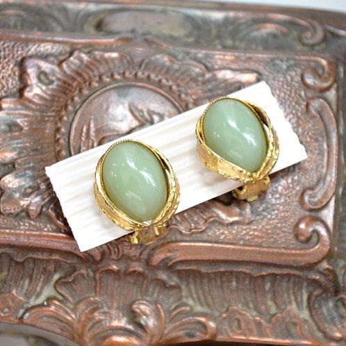 貴族鍍金暗花邊翠綠玉隨耳夾 貴婦淑女 日本高級二手古著珠寶首飾