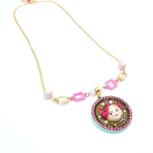 粉紅色娃娃施華洛水晶珠子頸鍊 鍍18K金鍊 水晶花邊 貝殼合成珍珠