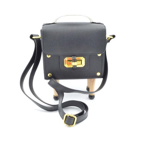 黑色盒子木腳方型手袋 PU材質 PU Black Box Handbag with Wooden Legs with Epoxy Crystal Deco