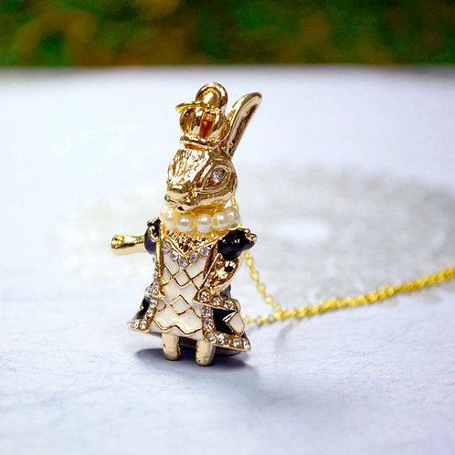 IMBEE LO X GOOKASO 原創金屬黑色琺瑯花紋兔子瑪麗皇后頸鍊項鍊吊墜necklace
