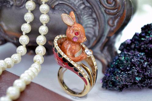 TIMBEE LO 啡色兔子 貴族紅色寶座 戒指 附有彈性戒指