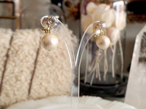 水鑽白色膠珍珠簡約夾式耳環耳夾 貴婦人淑女 日本高級二手古著珠寶首飾