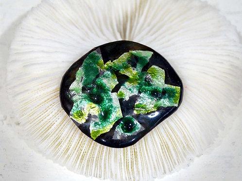 黑綠色閃亮幻彩琺瑯胸針 高貴優雅 日本高級二手中古珠寶首飾