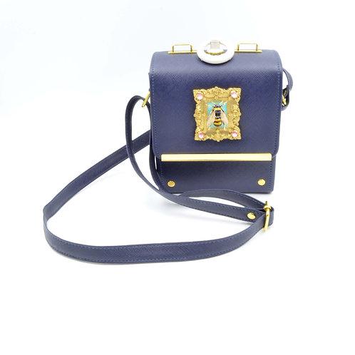 立體蜜蜂相框水晶裝飾 圓圈手柄 寶藍色PU仿皮小箱子斜肩帶手袋包