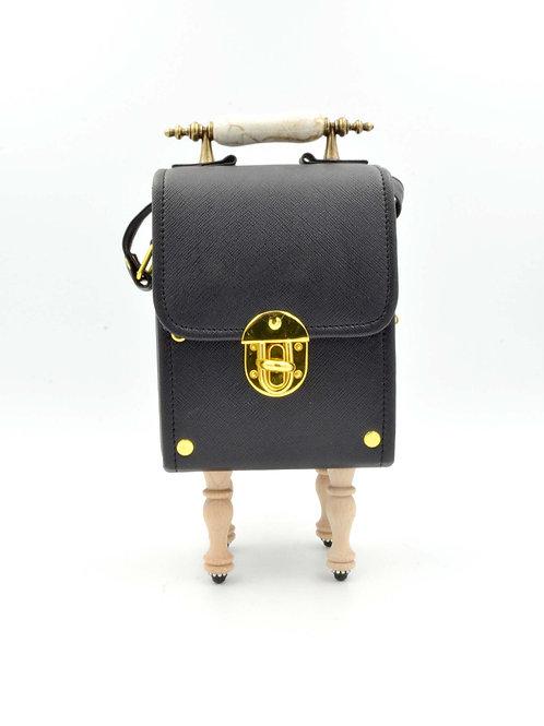 黑色盒子木腳方型手袋 PU材質 PU Black Box Handbag with Wooden Legs with Epoxy Crystal