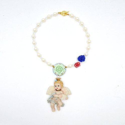 立體浮雕天使玫瑰花串珍珠綴施華洛水晶頸鍊 Angel with Crystals Necklace