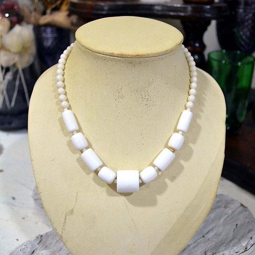 白色樹脂方型圓型珠子項鏈 高貴優雅 日本二手中古珠寶首飾古著