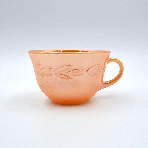 FIRE KING 炫彩橘子色 立體麥穗花紋茶杯 60年代古董物品