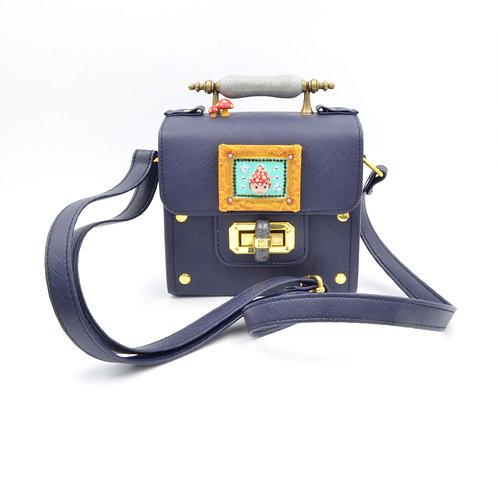 蘑菇女孩畫框海藍色PU皮長方盒手袋 可訂製款式 請接洽