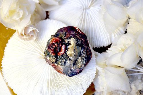 日本製中古 手工製立體貴婦造型 心口胸針 吊墜 孤品一件