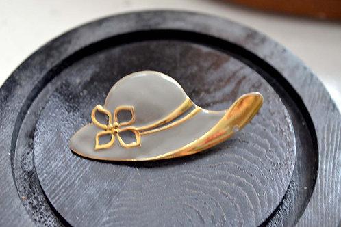 24K鍍金灰帽子高貴造型胸針 高貴優雅 日本二手中古珠寶首飾老件
