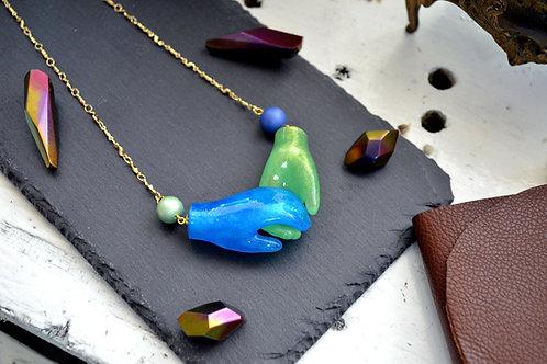 TIMBEE LO 透明綠藍小手項鍊 小手磁鐵開口 鍍真金鍊子TIMBEE LO 透明綠藍小手項鍊  以小手對接磁鐵為鍊子開口  鍊子材質 - 銅 防過敏 鍊子