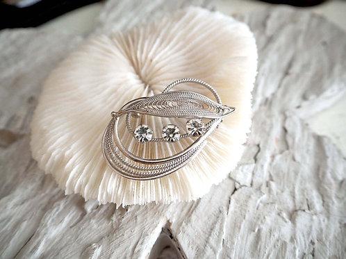 閃鑽銀色樹葉胸針 日本高級中古珠寶首飾 紳士西裝禮服淑女貴婦