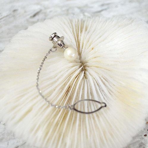 素雅復古珍珠銀色胸針 高貴優雅 日本二手中古珠寶首飾古著