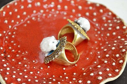 白色陶瓷刺蝟綴黃銅花邊戒指底托 戒指托永久保色 可調整尺寸