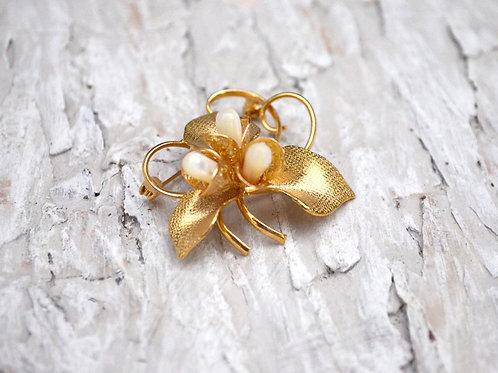 華麗金花立體暗花珍珠胸針 高貴優雅 日本高級二手中古珠寶首飾