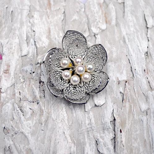 日本華麗珍珠銀立體鏤空花胸針 高貴 日本高級二手中古珠寶首飾