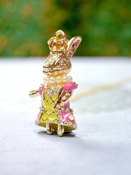TIMBEE LO X GOOKASO 原創金屬藍色琺瑯花紋兔子瑪麗皇后頸鍊項鍊吊墜necklace