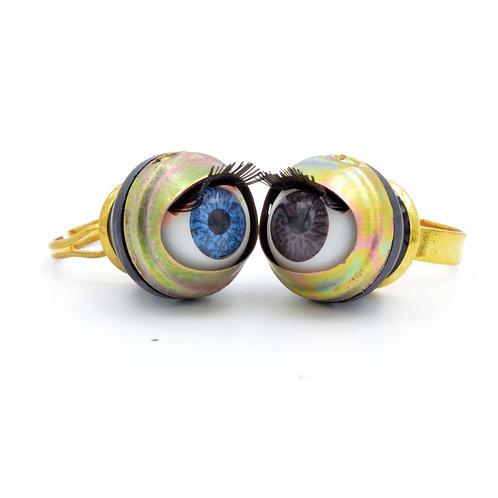 TIMBEE LO 金屬16mm眼珠戒指 可調整尺寸 活動眼珠 戴起眼睛會眨眼