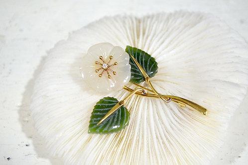 寶石級白玉花綠寶石鍍金胸針 高貴優雅 日本二手中古珠寶首飾古著