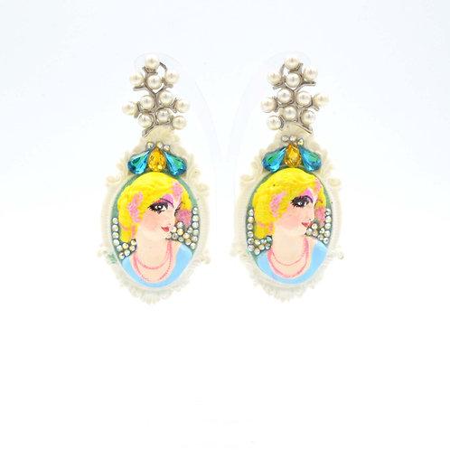 立體浮雕女王耳環 綴施華洛水晶 獨一無二 全手繪 手工製