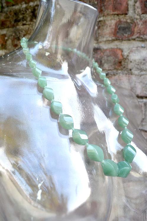 淺綠色欖型和田碧玉石串珠貴婦項鏈 日本二手中古珠寶首飾