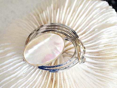 高級貝殼流條型通花胸針 高貴優雅 日本高級二手中古珠寶首飾